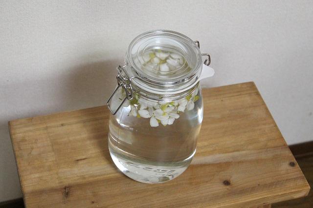 ドクダミの花の化粧水